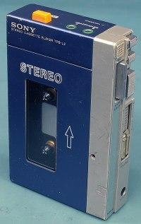 400px-Original_Sony_Walkman_TPS-L2